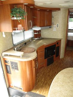 2008 Coachmen Leprechaun 320DS  city Florida  RV World of Hudson Inc  in Hudson, Florida