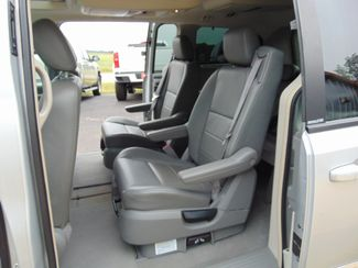 2008 Dodge Grand Caravan SXT w/ Nav, Moon, Leather, DVD, Back up Camera Alexandria, Minnesota 9