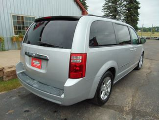 2008 Dodge Grand Caravan SXT w/ Nav, Moon, Leather, DVD, Back up Camera Alexandria, Minnesota 4