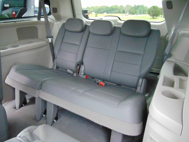 2008 Dodge Grand Caravan SXT Alexandria, Minnesota 11