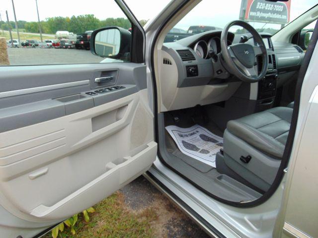 2008 Dodge Grand Caravan SXT Alexandria, Minnesota 13
