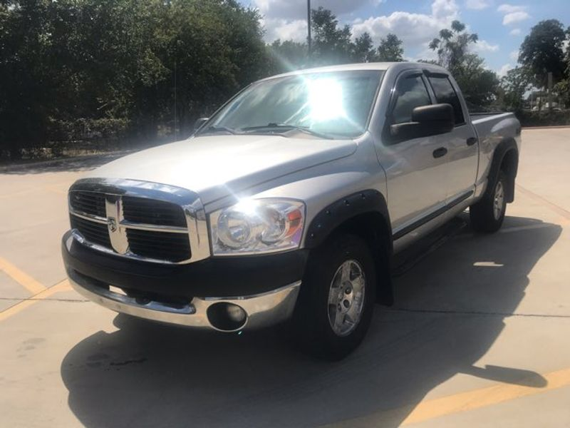 2008 Dodge Ram 1500  Quad Cab 4x4 Excellent Condition | Ft. Worth, TX | Auto World Sales LLC in Ft. Worth TX
