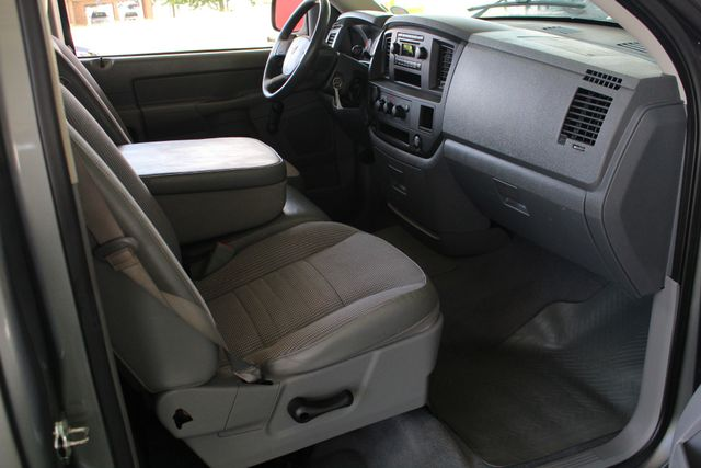 2008 Dodge Ram 1500 REG CAB RWD - POPULAR EQUIPMENT GROUP Mooresville , NC 25