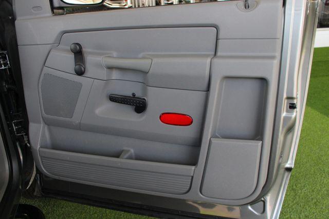 2008 Dodge Ram 1500 REG CAB RWD - POPULAR EQUIPMENT GROUP Mooresville , NC 32