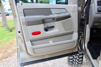 2008 Dodge Ram 2500 SLT Quad Cab 4X4 6.7L Cummins Diesel Auto LIFTED Sealy, Texas 32