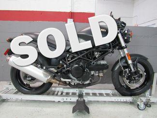 2008 Ducati Monster 695 in Dania Beach , Florida 33004