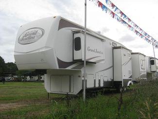 2008 Dutchmen Grand Junction 34QRL in Katy, TX 77494