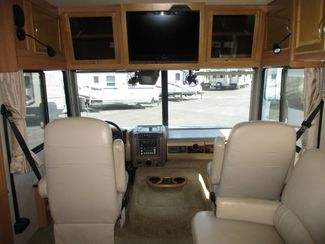 2008 Fleetwood Bounder 35H  city Florida  RV World of Hudson Inc  in Hudson, Florida