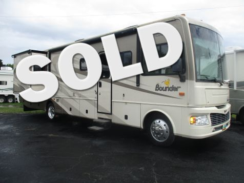 2008 Fleetwood Bounder 35H in Hudson, Florida
