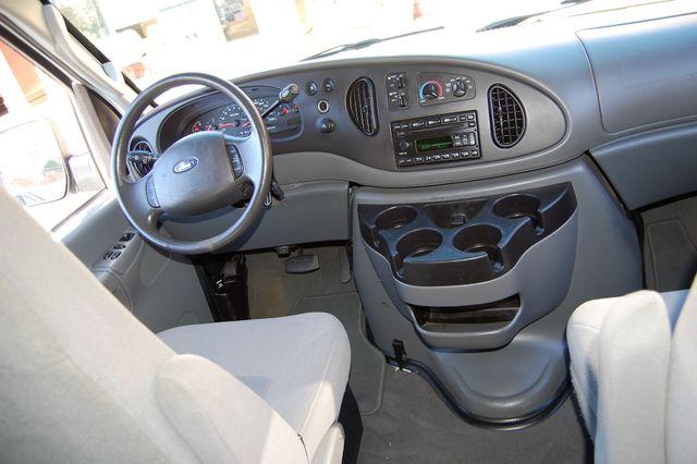 2008 Ford 12 Pass. XLT Charlotte, North Carolina 14