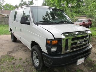 2008 Ford E-Series Van in Willis, TX