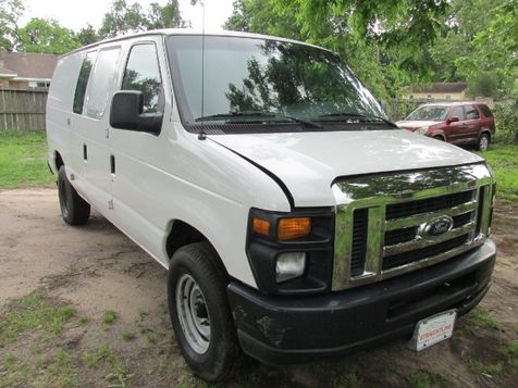 2008 Ford E-Series Van E-250 in Willis, TX