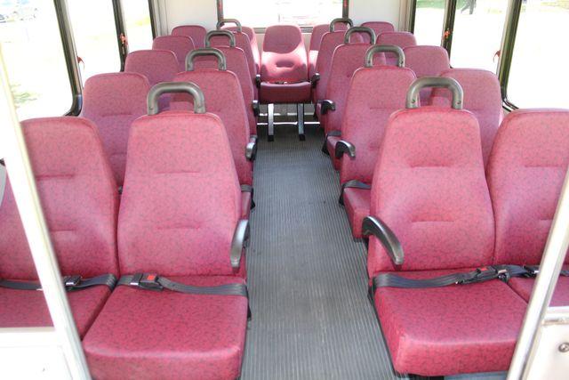 2008 Ford E450 22 Passenger Starcraft  Shuttle Bus Irving, Texas 12