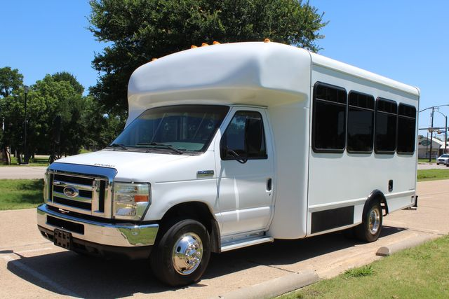 2008 Ford E450 22 Passenger Starcraft Shuttle Bus Irving, Texas 2