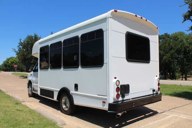 2008 Ford E450 22 Passenger Starcraft Shuttle Bus Irving, Texas 4