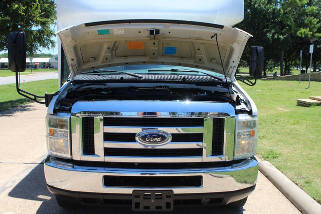 2008 Ford E450 22 Passenger Starcraft Shuttle Bus Irving, Texas 19