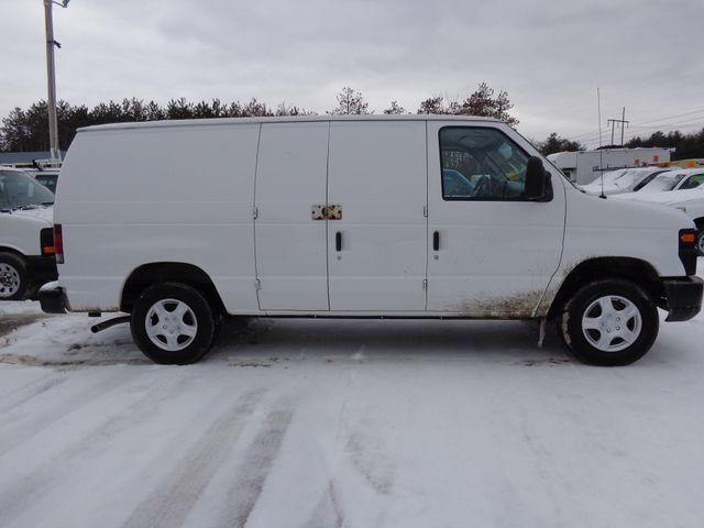 2008 Ford Econoline Cargo Van Commercial Hoosick Falls, New York 2