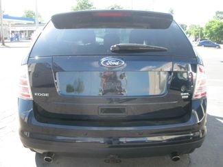 does the 2008 ford edge have 3rd row seating. Black Bedroom Furniture Sets. Home Design Ideas