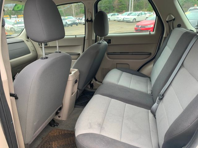 2008 Ford Escape XLS Hoosick Falls, New York 4