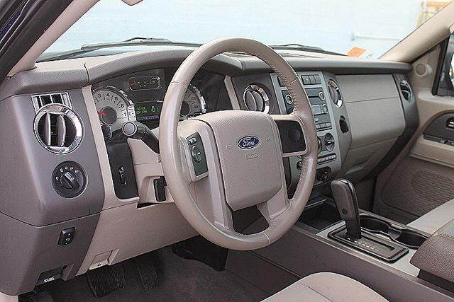 2008 Ford Expedition XLT Hollywood, Florida 9