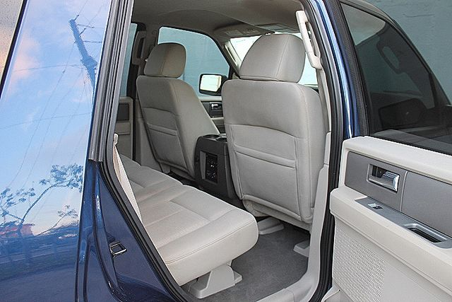2008 Ford Expedition XLT Hollywood, Florida 25