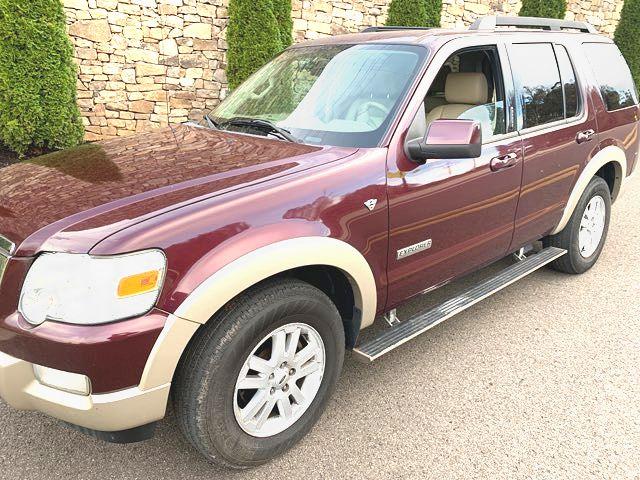 2008 Ford-V8! 4x4! Leather! Loaded! Explorer-BHPH $500 DN WAC Eddie Bauer