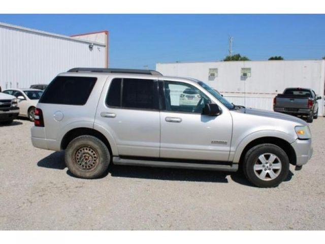 2008 Ford Explorer XLT in St. Louis, MO 63043