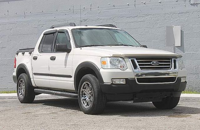 2008 Ford Explorer Sport Trac XLT Hollywood, Florida 1