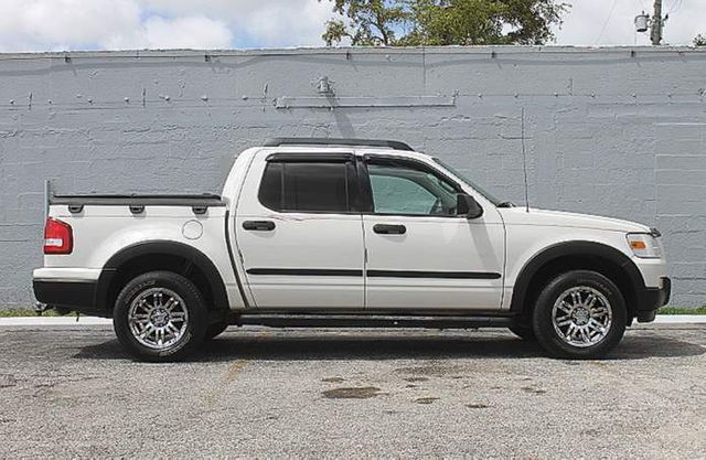 2008 Ford Explorer Sport Trac XLT Hollywood, Florida 3