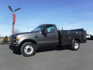 2008 Ford F350 9' Utility 2wd with Lift Gate in Lancaster, PA PA