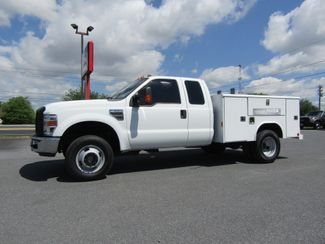 2008 Ford F350 Extended Cab 4x4 with 8' Reading Utility Bed in Ephrata, PA 17522