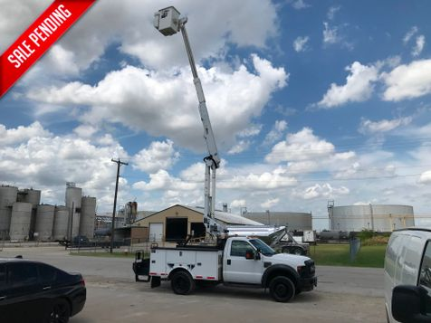 2008 Ford F550 4X4 BUCKET TRUCK   in Fort Worth, TX