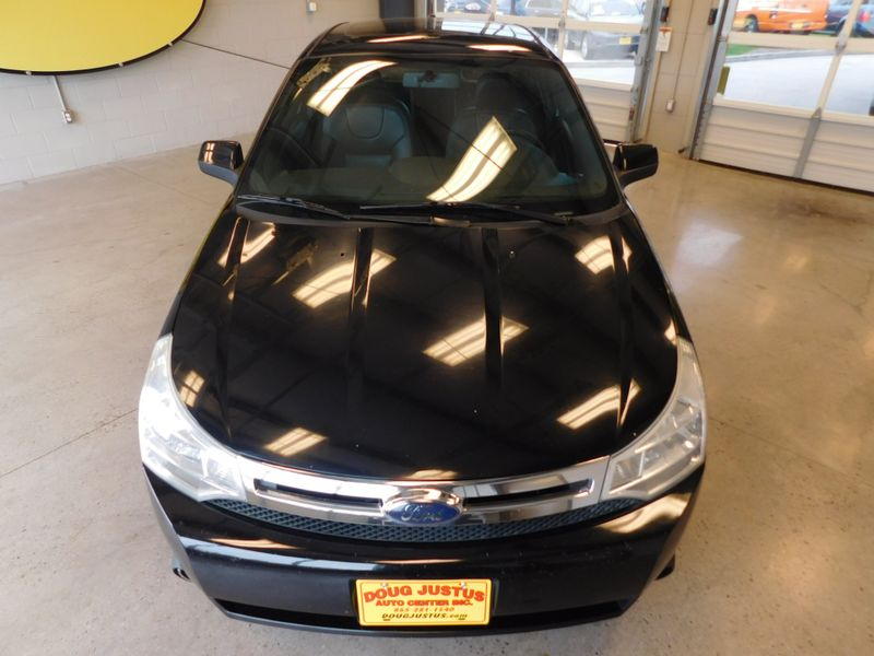 2008 Ford Focus SE  city TN  Doug Justus Auto Center Inc  in Airport Motor Mile ( Metro Knoxville ), TN