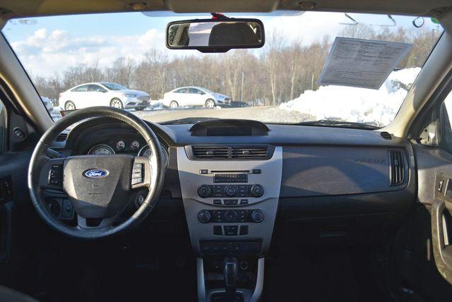 2008 Ford Focus SE Naugatuck, Connecticut 16