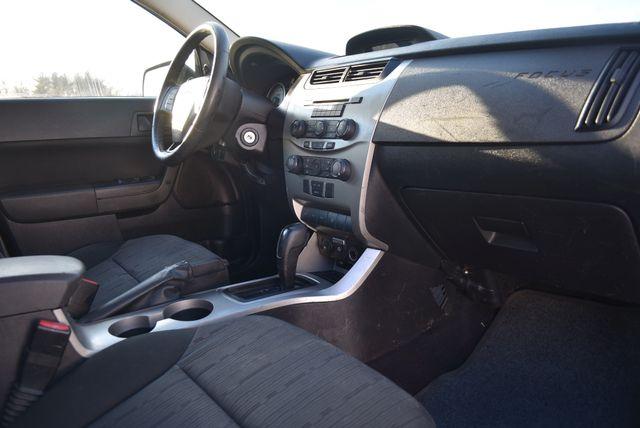 2008 Ford Focus SE Naugatuck, Connecticut 10