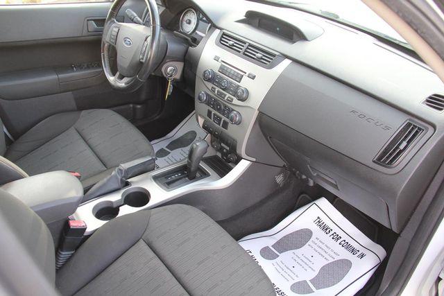 2008 Ford Focus SE Santa Clarita, CA 9