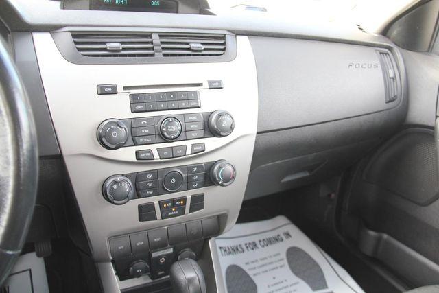 2008 Ford Focus SE Santa Clarita, CA 18