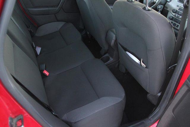 2008 Ford Focus SES Santa Clarita, CA 15
