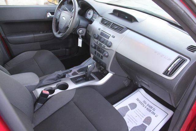 2008 Ford Focus SES Santa Clarita, CA 9