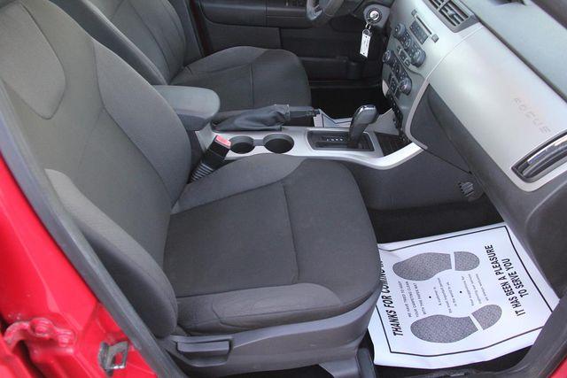 2008 Ford Focus SES Santa Clarita, CA 16