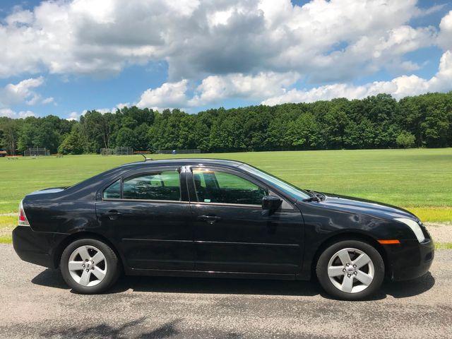 2008 Ford Fusion SE Ravenna, Ohio 4