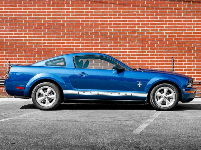 2008 Ford Mustang Deluxe Burbank, CA 4
