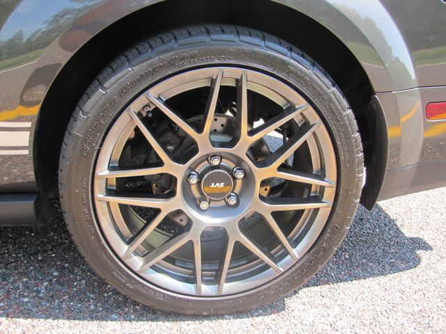 2008 Ford Mustang Shelby GT500 NAVIGATION 500 HORSEPOWER X-CLEAN CAR St. Louis, Missouri 12