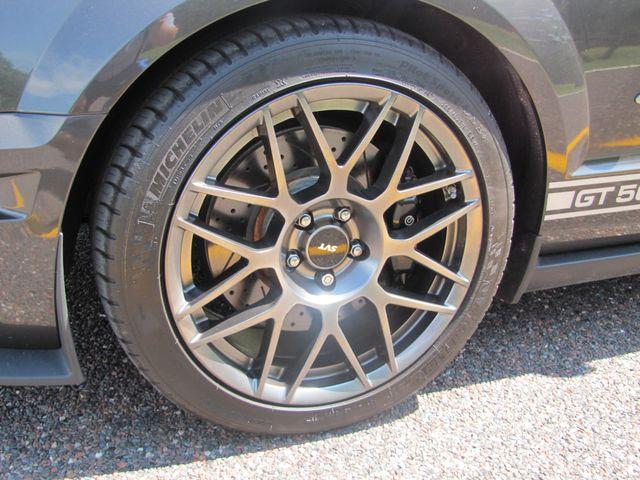 2008 Ford Mustang Shelby GT500 NAVIGATION 500 HORSEPOWER X-CLEAN CAR St. Louis, Missouri 13