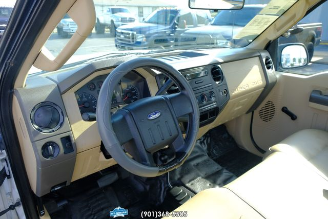 2008 Ford Super Duty F-250 SRW XL in Memphis Tennessee, 38115