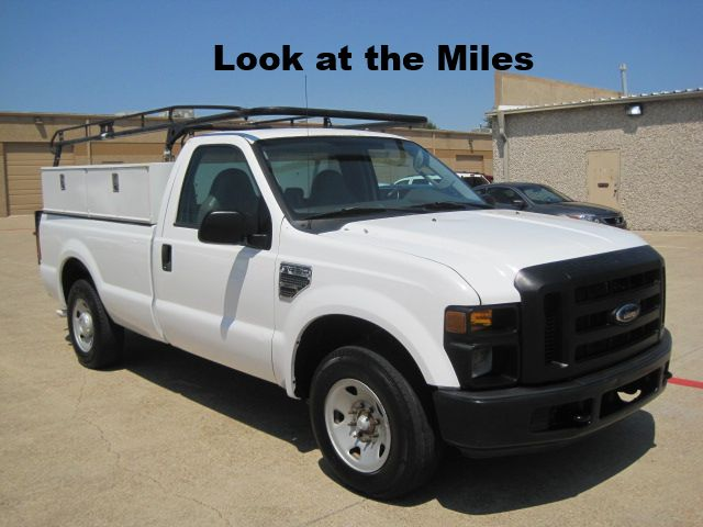 2008 Ford F250 Reg Cab XL, Toolboxes, Rack, Tommy Lift, Only 85k Miles