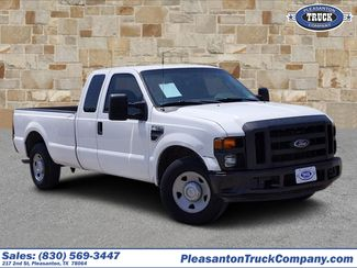 2008 Ford Super Duty F-350 SRW in Pleasanton TX