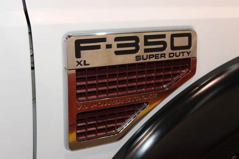 2008 Ford Super Duty F-350 SRW XL  city Illinois  Ardmore Auto Sales  in West Chicago, Illinois