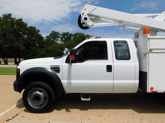 2008 Ford Super Duty F-550, Extended Cab, Bucket Boom Truck, XL Irving, Texas 43