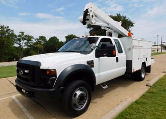 2008 Ford Super Duty F-550, Extended Cab, Bucket Boom Truck, XL Irving, Texas 1